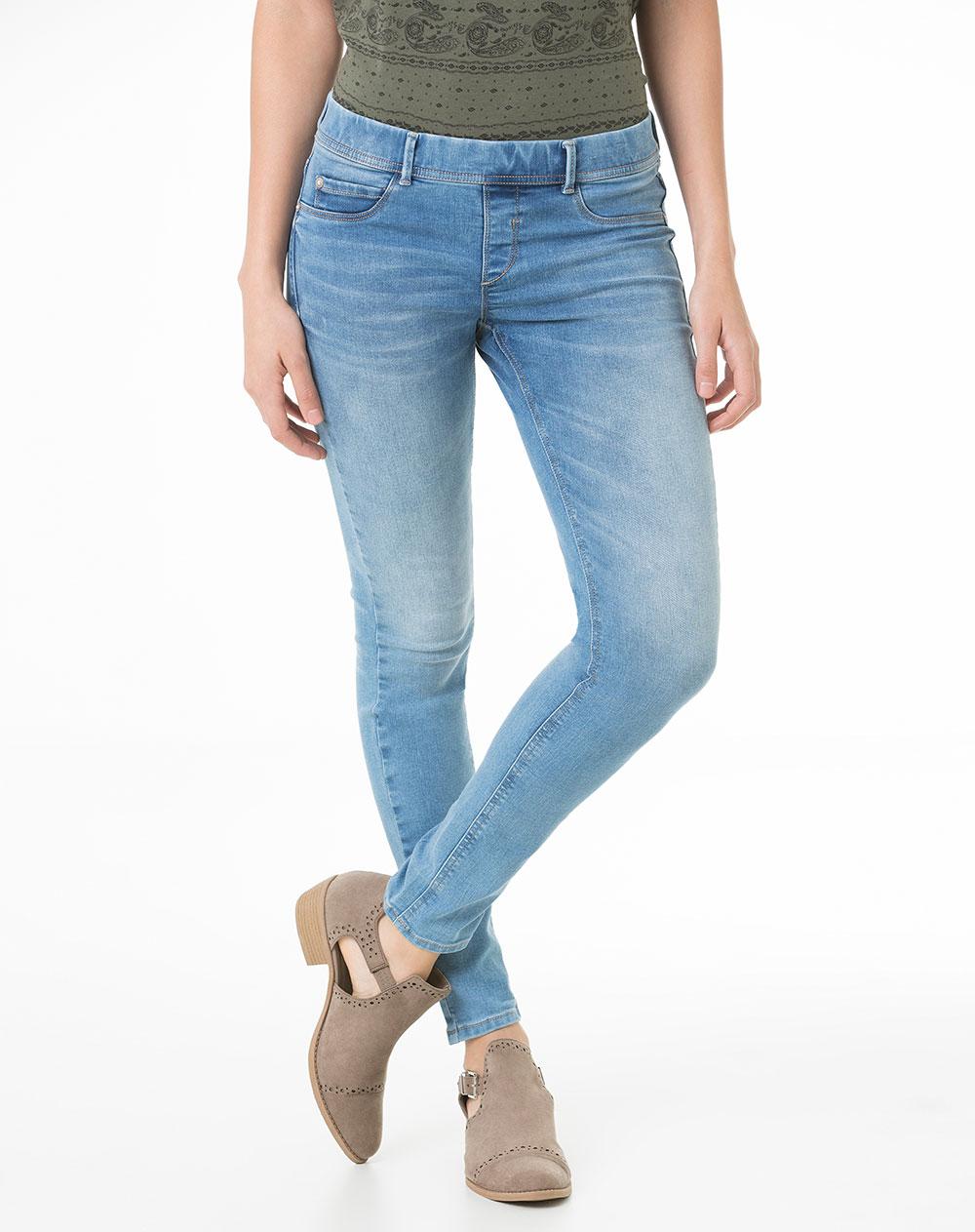MUJER - COLECCIÓN - Pantalones - Ver todo en Massimo Dutti online. Entre ahora y descubra nuestra colección de Pantalones de Primavera Verano ¡Elegancia natural!